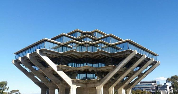 The famous UCSD library. Photo via Diana R.